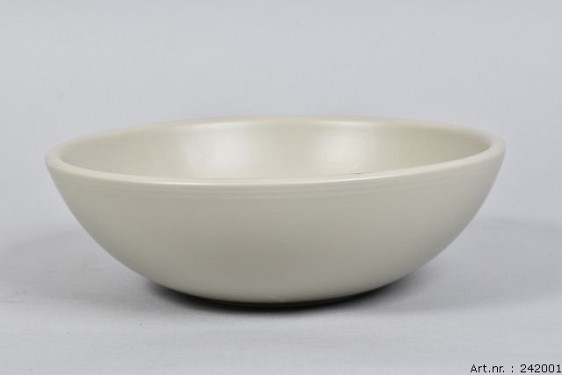 VINCI PISTACHIO BOWL LOW SPHERE SHADED 25X8CM