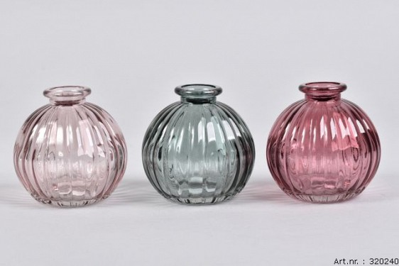 DIAMOND BERRY MIX GLASS BOTTLE SPHERE SHADED 8X8CM ASSORTED A PIECE