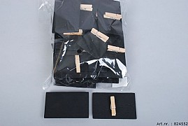 BLACK BOARD ON A CLOTHES PIN 8X5X0.3CM SET OF 24