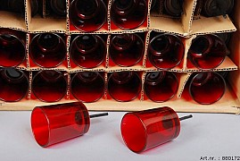 GLASS CYLINDER RED 6X7CM+PIN 5CM SET OF 48