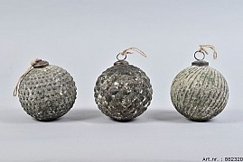 MARBLE GREEN ORNAMENT 10CM ASSORTED A PIECE